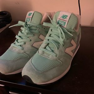 Turquoise men's new balance sneakers